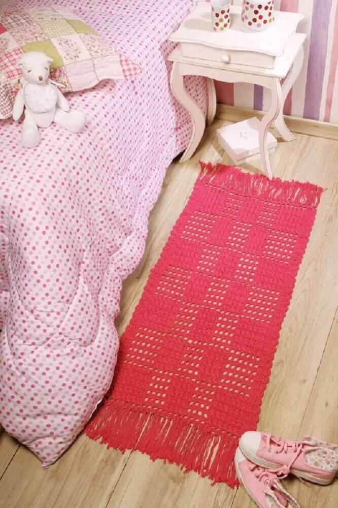 decoração para quarto com passadeira de crochê cor de rosa Foto Portal de Artesanato