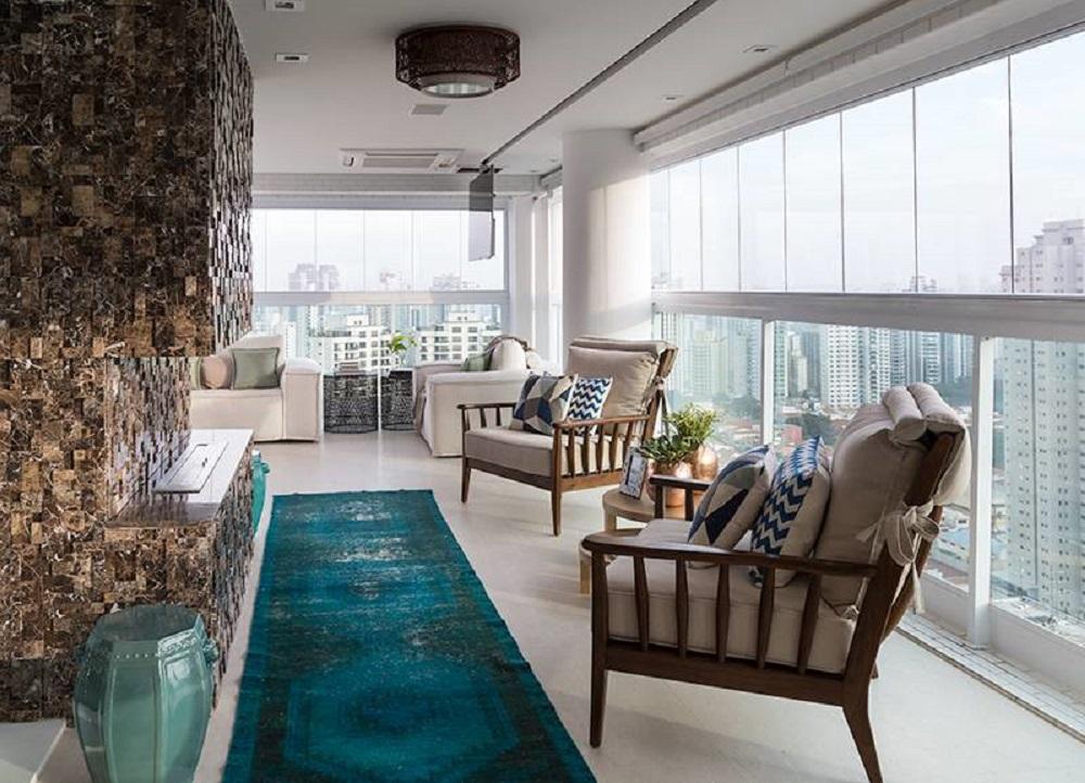 móveis para varanda decorada com revestimento de pedras Foto Pinterest