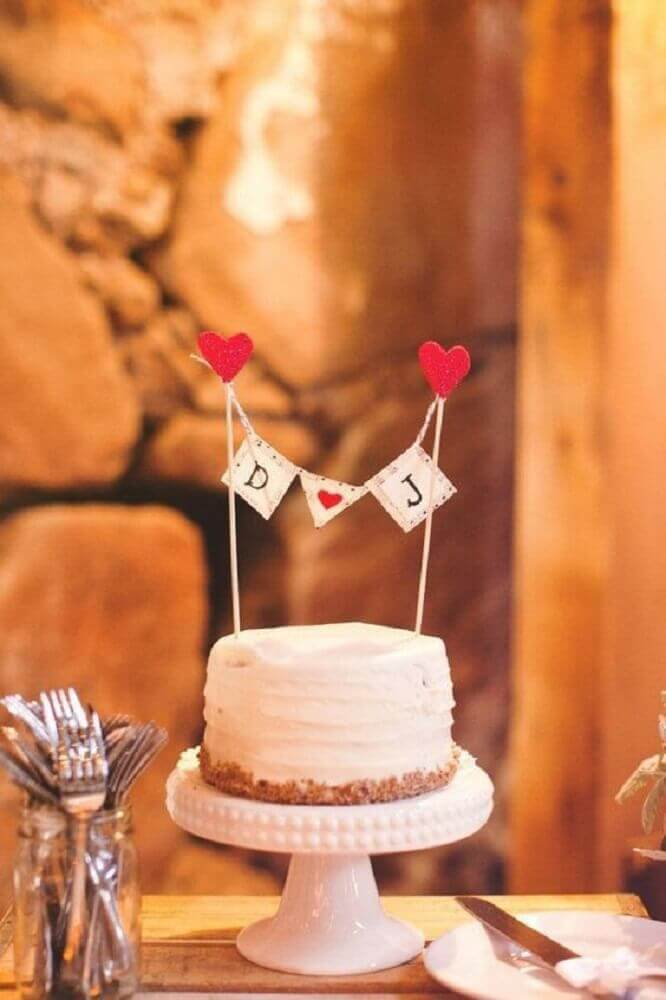 modelo de bolo de casamento simples com chantilly Foto Pinterest