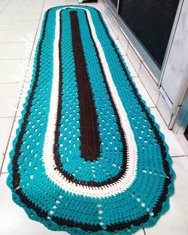 modelo de passadeira de crochê com bordas arredondadas Foto Ines Sanches