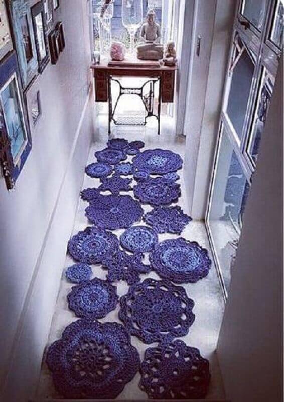 modelo diferente de passadeira de crochê feita com vários círculos de crochê Foto Pinterest