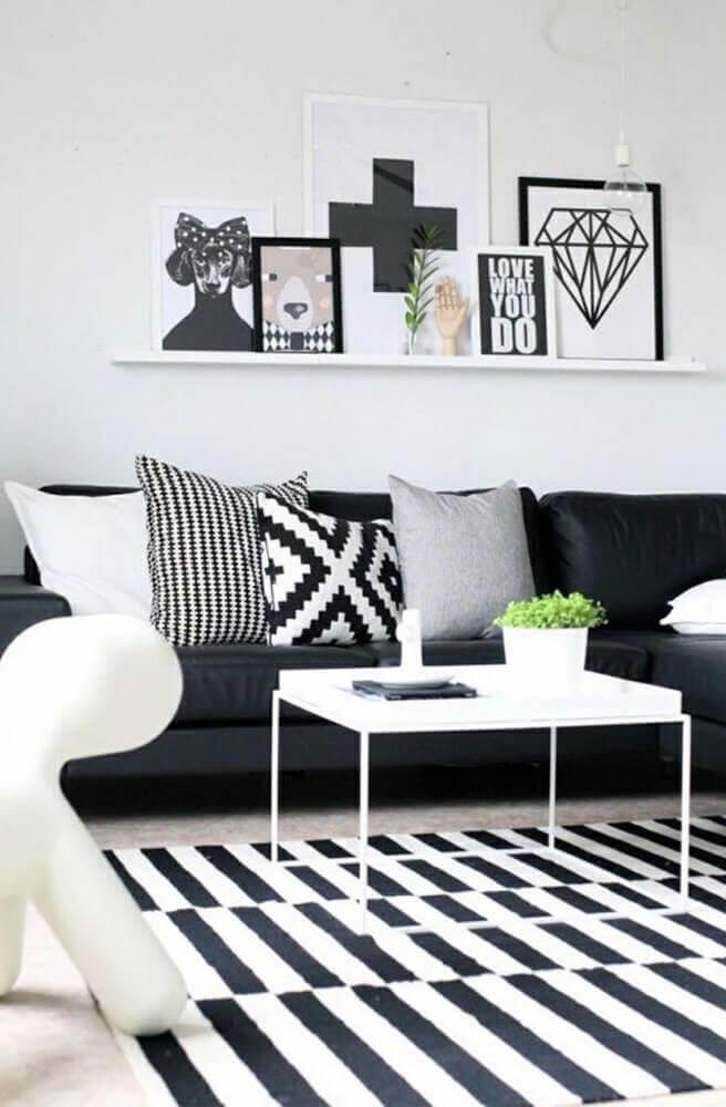 objetos decorativos para sala preto e branca Foto GoodNewsArchitecture