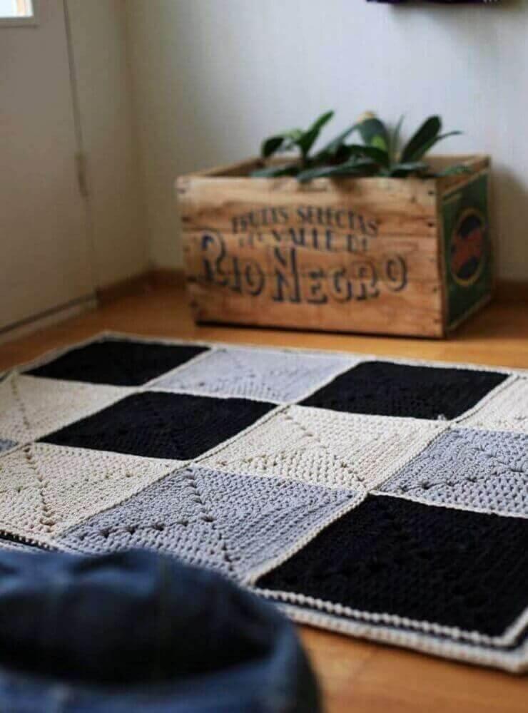 passadeira de crochê com estampa quadriculada em tons neutros Foto Pinterest
