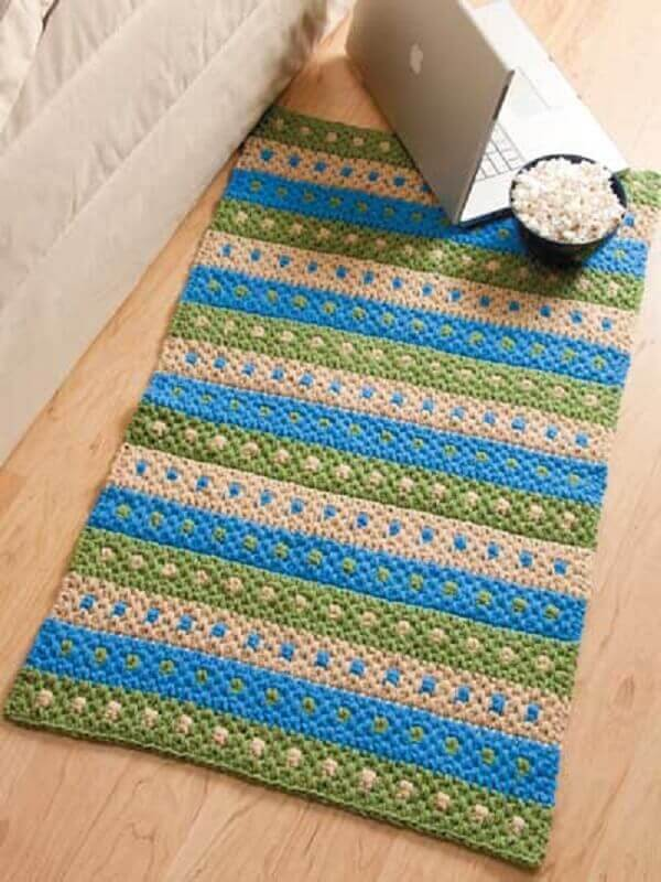 passadeira de crochê simples listrada de azul e verde Foto Rug Designs Inspirations