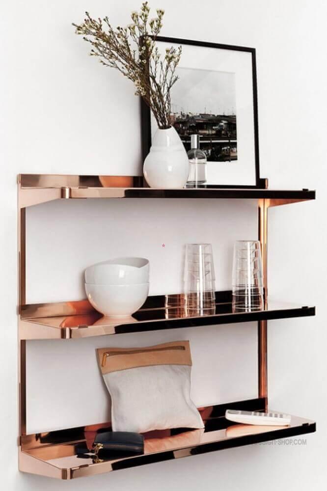 prateleiras na cor rose gold Foto Shelves Design