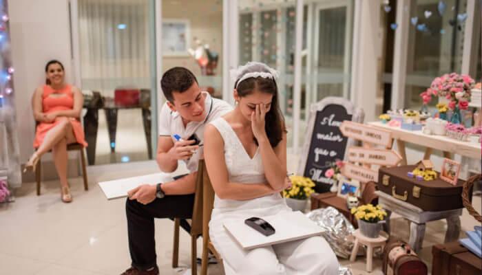 Brincadeiras para chá de panela com os noivos Foto de Portal das Noivas