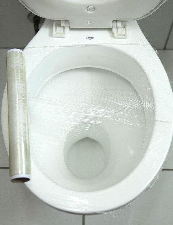 Como desentupir vaso com papel filme como desentupir vaso sanitário com papel filme