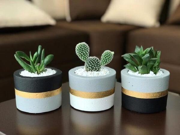 Como fazer vaso de cimento e decorar a mesa de centro