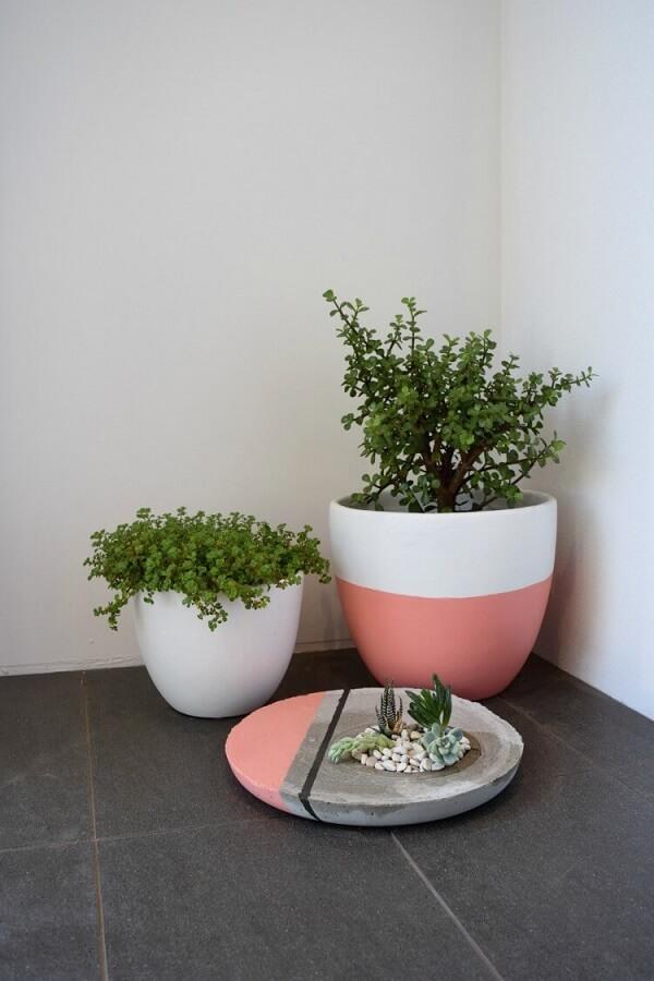 Como fazer vaso de cimento para casa
