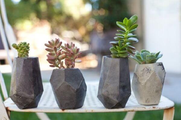 Como fazer vaso de cimento para decorar área externa
