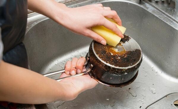 Como limpar panela queimada dicas infalíveis