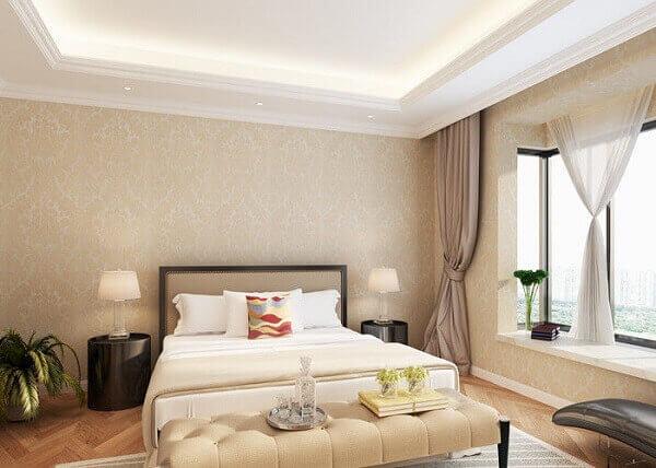 Cor palha em papel de parede de quarto de casal