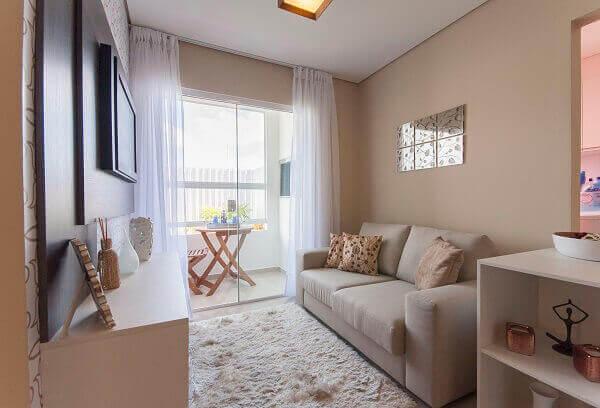 Cor palha em sala pequena