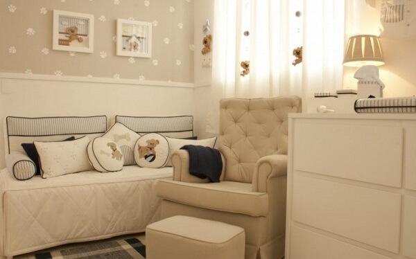 Cor palha na decoração de quarto de bebê