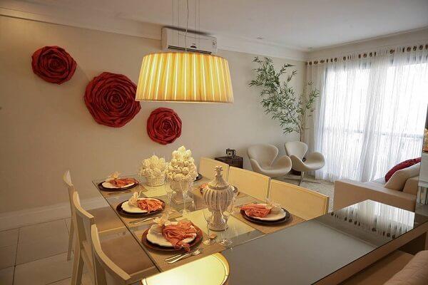 Cor palha na decoração de sala de estar simples