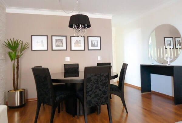 Cor palha para decorar sala de jantar