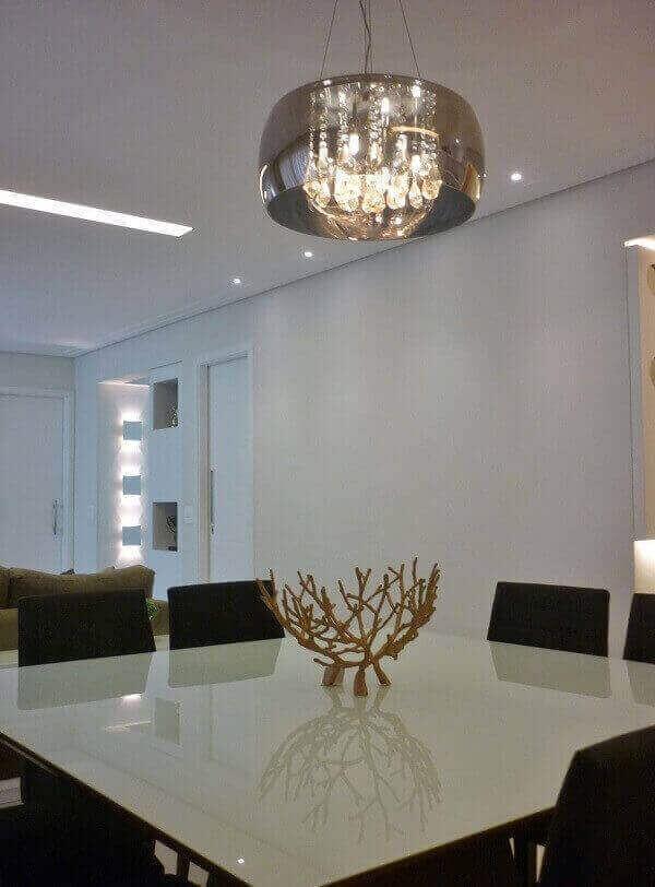 os lustres para sala são elementos de destaque na decoração