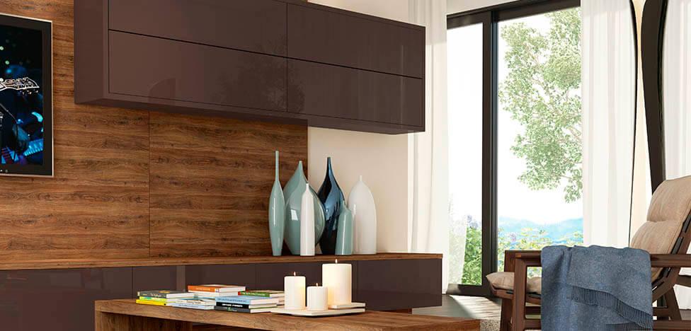 Móveis de madeira na sala de TV com painel e mesa de centro Foto de Duratex Madeira