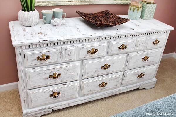 Pátina branca combina com todos os estilos de decoração