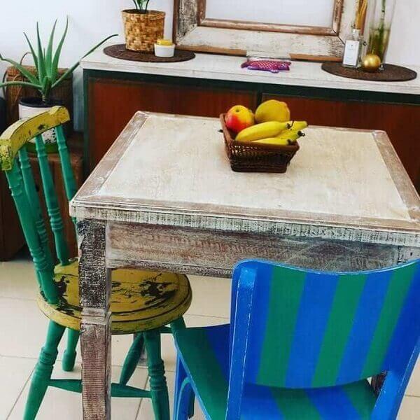 Pátina recicla móveis antigos