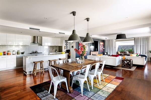 Tapetes para sala de jantar colorido