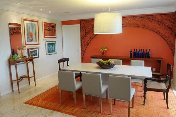 Tapetes para sala de jantar na cor laranja