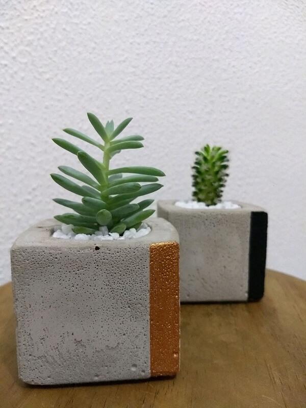 Vaso de cimento para colocar plantas