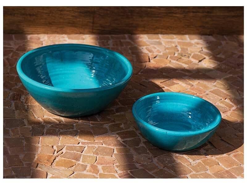 Vasos de cerâmica azuis Foto de Terra Asia
