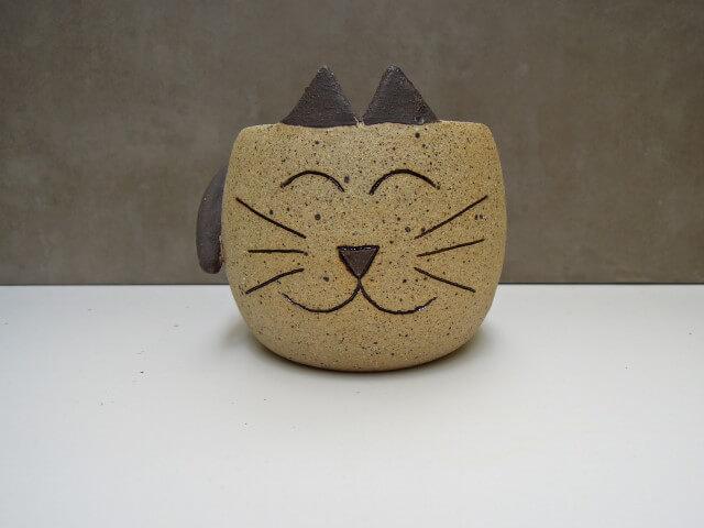 Vasos de cerâmica com carinha de gato Foto de Ceramicaria
