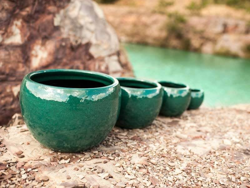 Vasos de cerâmica verdes Foto de Terra Asia