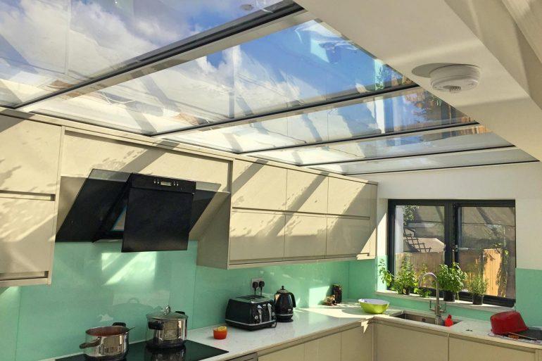 Aproveite a luz natural e aprenda como economizar energia na cozinha