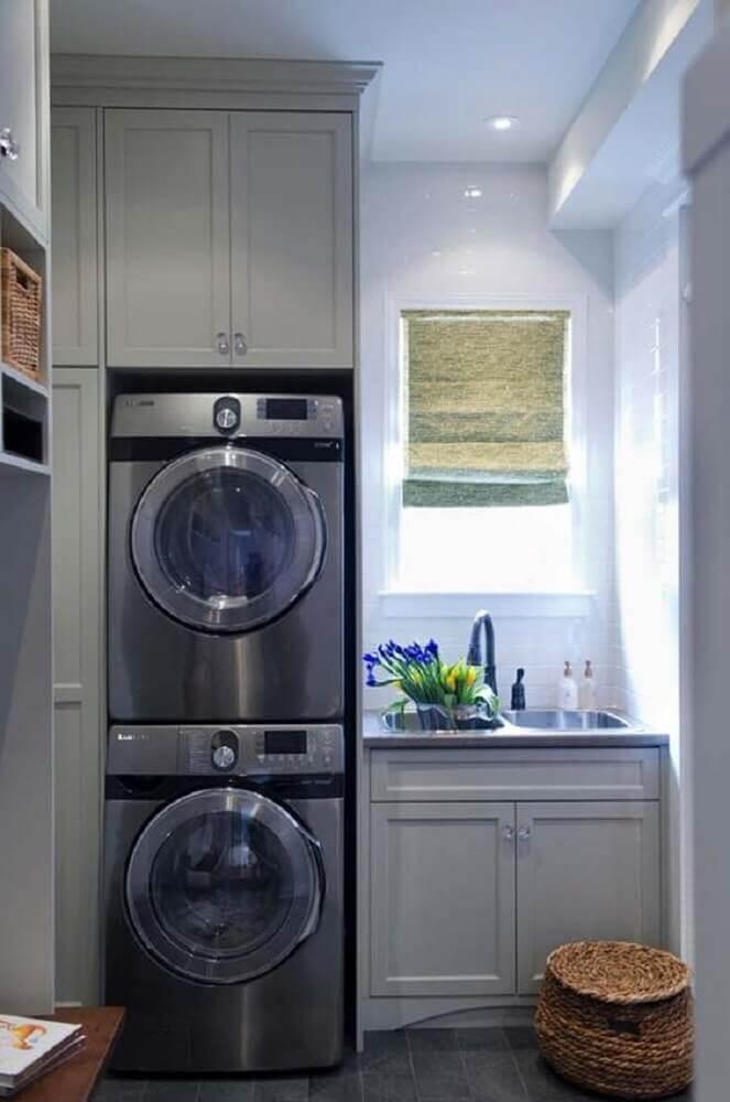 armário para lavanderia pequena planejada Foto Concierge Librarian