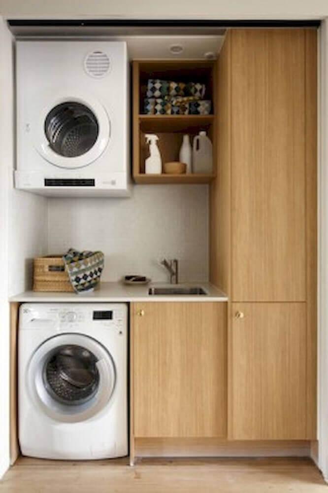 armário para lavanderia pequena toda de madeira Foto Pinterest