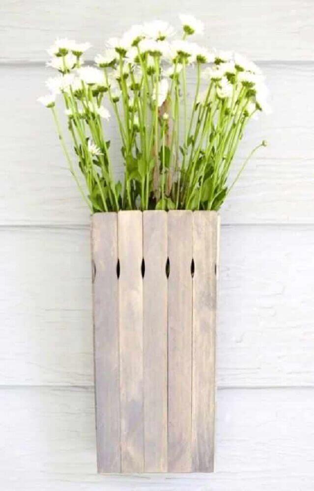 artesanato com palito de picolé para decoração rústica Foto GRzero