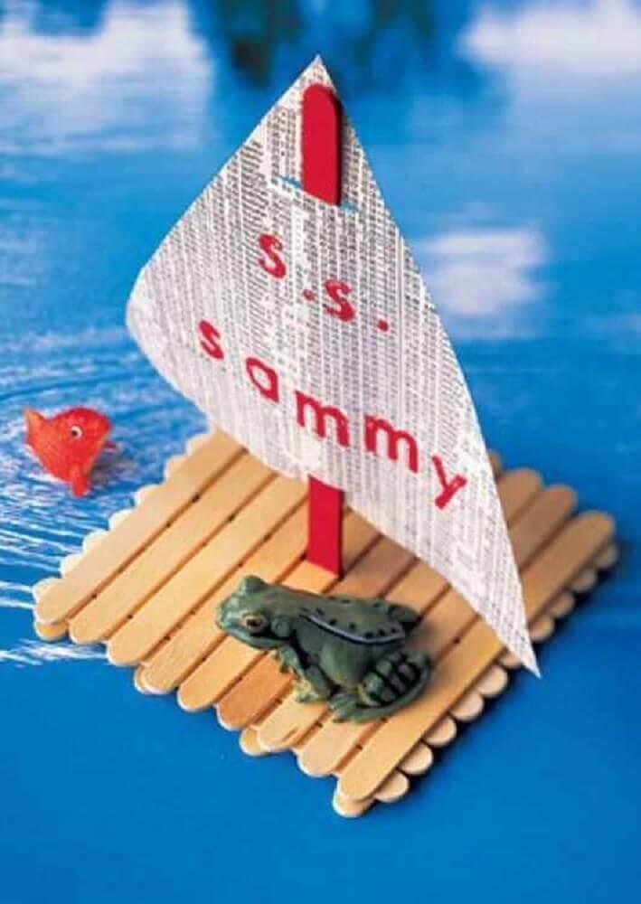 barquinho de artesanato com palito de picolé para crianças Foto Mr. Baja Fish