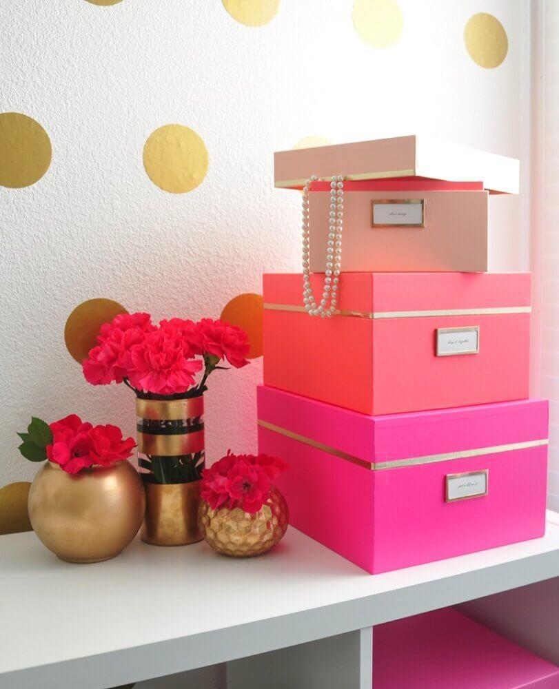 caixa organizadora com tampa cor de rosa Foto Air Freshener