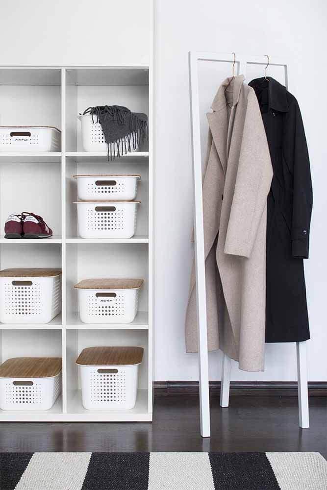 caixa organizadora com tampa para closet Foto Meillä kotona
