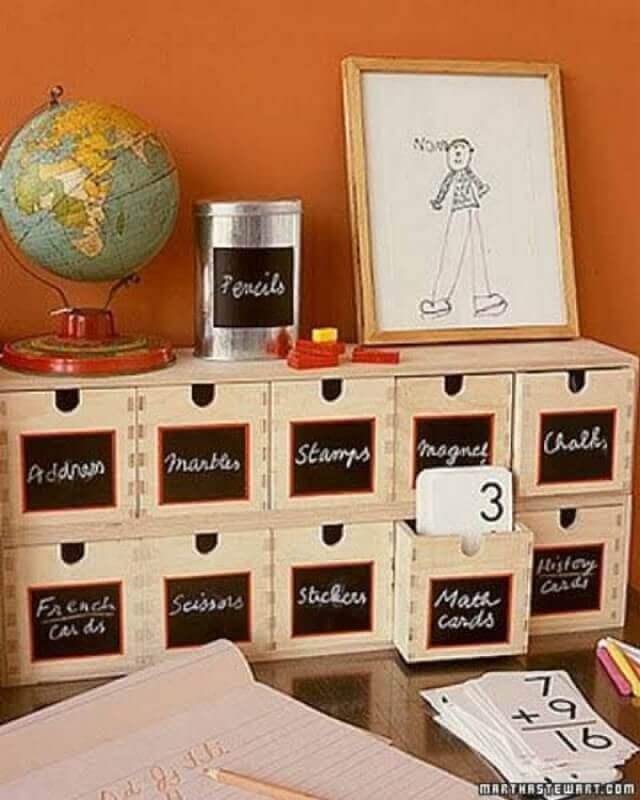 caixa organizadora de madeira com etiqueta Foto Roses and Rust