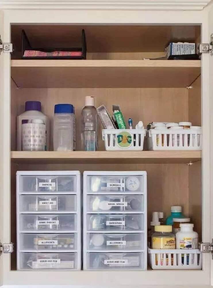 caixa organizadora de plástico para organização de armário de banheiro Foto Pinterest