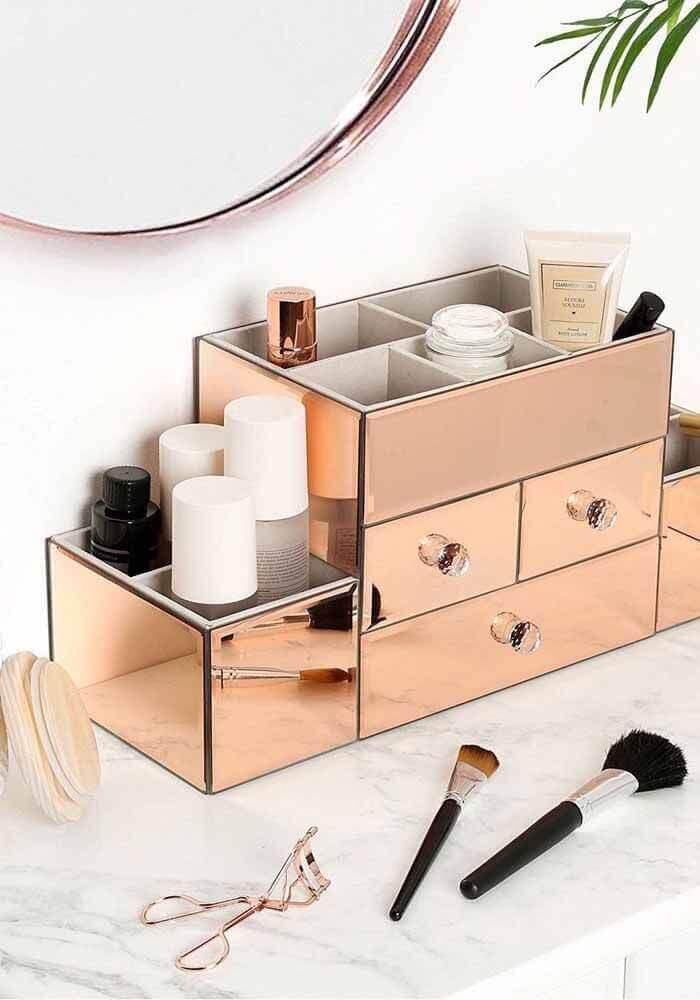 caixa organizadora para cosméticos em rose gold Foto Pinterest