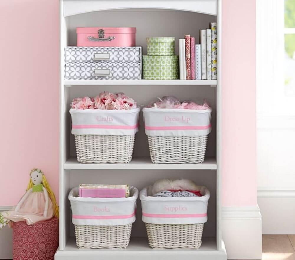 decoração com caixa organizadora com tampa Foto Pottery Barn Kids