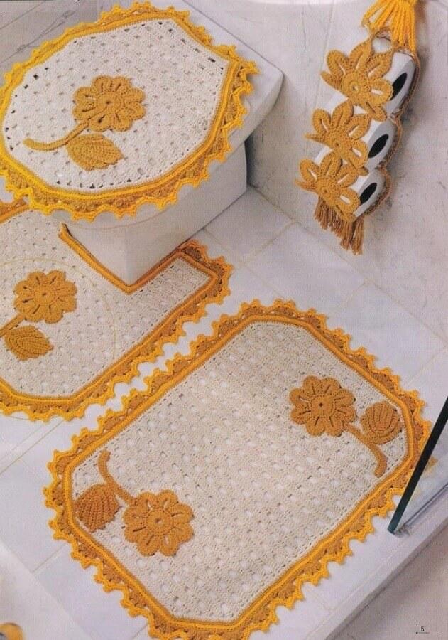 decoração de banheiro com flor de crochê simples para tapete  Foto Pinterest