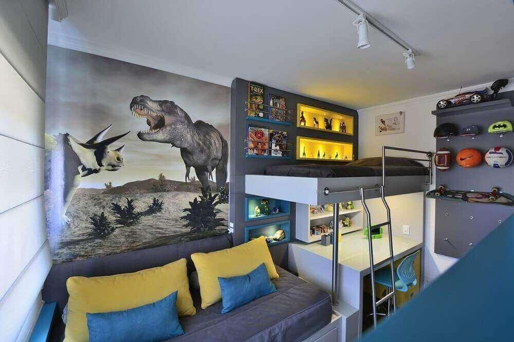 decoração para quarto de solteiro moderno com beliche e adesivo de dinossauros na parede Foto BG Arquitetura