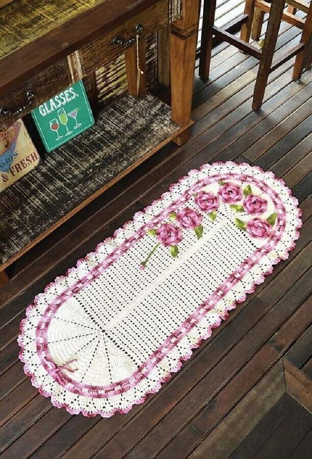 detalhes em lilás para tapete crochê oval com flor Foto iFuun