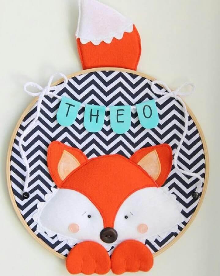 enfeites para porta de quarto de bebê masculino com desenho de raposa e nome da criança Foto Fiola Ateliê