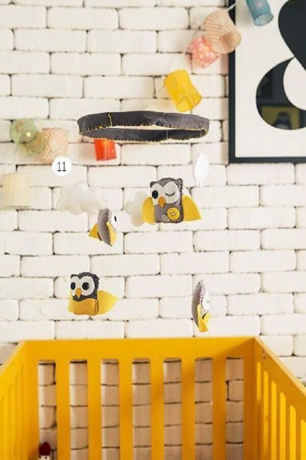 enfeites para quarto de bebê decorado com mobile de corujinhas Foto Casa Aberta