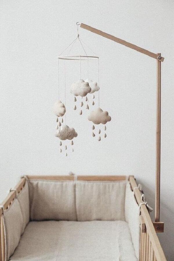 enfeites para quarto de bebê decorado em tons neutros Foto Pinterest