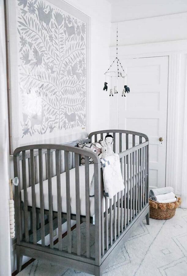 enfeites para quarto de bebê todo cinza com grande quadro na parede Foto Wood Save