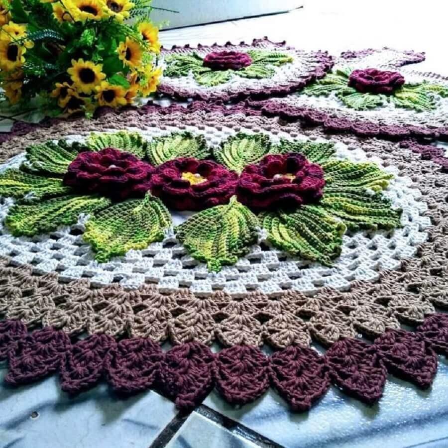 flor de crochê para tapete Foto Lurdinha Marcelino Artesã