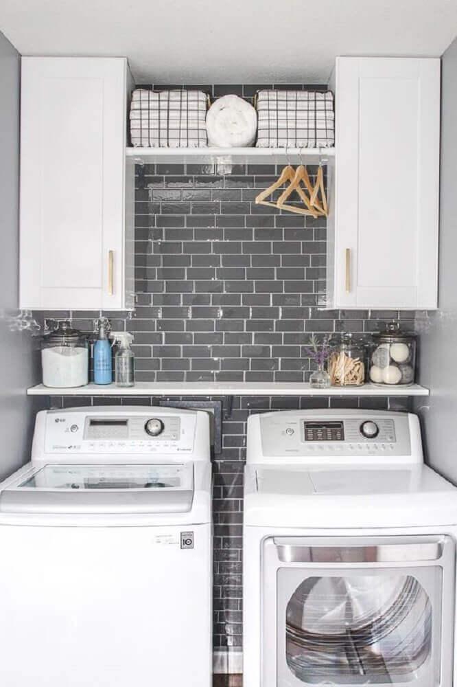 modelo de armário para lavanderia pequena Foto Available Ideas